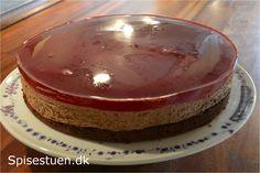 Chokoladekage med hindbærgele