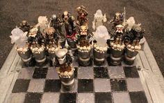 Alien vs Predator chess set