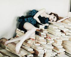 Photo Girls Beauty Books http://yakovlevakaterina.com/