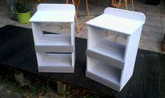 deux tables de chevet réalisé en bois recyclé, dimension: Hauteur 63cm, largeur 42cm, profondeur 30cm.