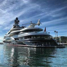 Attessa IV as seen by Yacht Design, Sports Nautiques, Boat Fashion, Cool Boats, Yacht Boat, Power Boats, Water Crafts, Luxury Lifestyle, Sailing