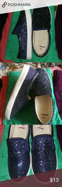 J.Crew Crewcuts Glittery Slip-on Sneaker -Brand new. -Kids shoe -Size: 5 *Kids shoe size equivalent to Women's shoe size 7* Crewcuts Shoes Sneakers