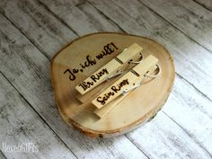 "Ring pillow wood ""Yes, I want!"" clothespins : Ring pillow wood ""Yes, I want! Ring Holder Wedding, Ring Pillow Wedding, Church Wedding Decorations, Engagement Decorations, Bridesmaid Proposal Box, Wedding Bottles, Diy Rings, Wedding Rings Vintage, Ring Bearer"
