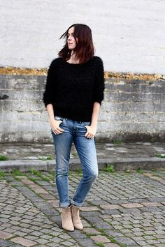 fluffy sweater, skinny jeans
