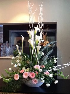 Brantford Blooms Florist offers unique arrangements for any occasion. With same-day day delivery, your flowers will surely brighten someone's day. Blooms Florist, Funeral, Floral Arrangements, Congratulations, Birthdays, Unique, Plants, Beautiful, Flowers
