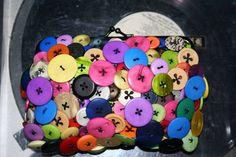 button clutch purse! over 250 buttons! - PURSES, BAGS, WALLETS