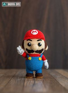 Super Mario Bros Mario doll pattern to crochet. Wow! This is such a good looking toy... so accurate! What a great pattern! #etsy #ad #amigurumi #nintendo #supermariobros