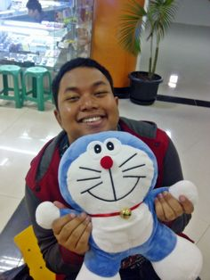 oh dear... doraemon and me (again) CUTE :D