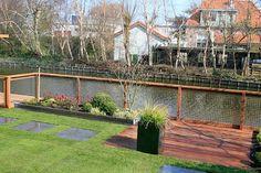 tuin aan het water