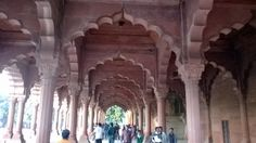 The place where Shah Jahan used to carry out ruling over Dilli at Red Fort.