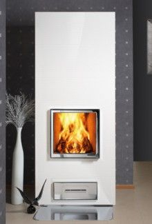Riekko fireplace, also in black by Uunisepät