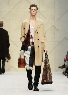 Camel double cashmere Chesterfield coat Burberry AW14