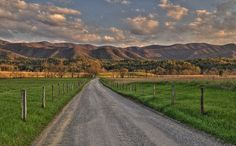 Cades Cove, Tennessee: Great Smoky Mountain National Park