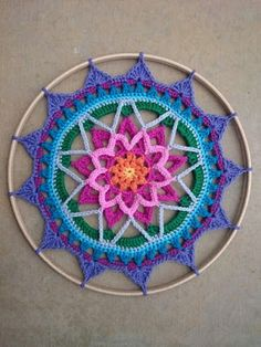 Crochet Mandala Pattern Mandala Madness Free Pattern On Ravelry This One Is Kaz - incek life Crochet Dreamcatcher Pattern Free, Crochet Mandala Pattern, Crochet Doilies, Crochet Stitches, Crochet Flowers, Crochet Bear, Crochet Home, Love Crochet, Knitting Patterns