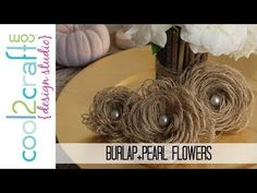 How to Make Looped Burlap Flowers + Bonus Tablescaping Idea bloemen met jute Burlap Projects, Burlap Crafts, Diy Projects To Try, Craft Projects, Diy Crafts, Craft Ideas, Burlap Flowers, Fabric Flowers, Paper Flowers