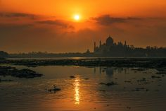 Taj Mahal by Yaman Ibrahim on 500px