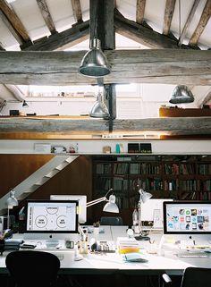wooden beams work space / office