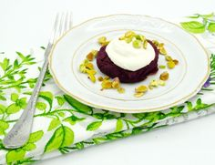 These gorgeous, aromatic Purple Sweet Potato Cakes topped with creamy skyr and crunchy pistachios are nothing short of spectacular! From the rich jewel-toned colors to the sweet and savory flavors, it's safe to say that your weekly menu just became a lot more interesting. Options are endless with this type of sweet potato, as you can make it sweet or savory depending on the seasonings, which means that these cakes will add a whole new dimension to whatever you choose to eat them with. I…