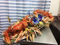 plateau+de+fruit+de+mer+(homard+b,+langoustines+bulots+palourdes+boucaut+achetes+au+croisic