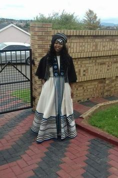 Xhosa wedding traditional dresses What are Xhosa styles for bells occasion? You accessible the wardrobe, and the aboriginal anticipation is 'I accept. Xhosa Attire, African Attire, African Wear, African Women, African Dress, African Traditional Wedding, African Traditional Dresses, Traditional Weddings, African Fashion Designers