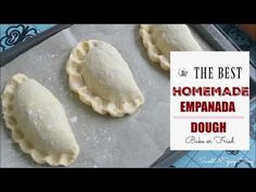This recipe is the simplest and easiest way to make Empanada dough from scratch. The dough is light and flaky, the steps are simple and the ingredients are basic. Empanadas Recipe Dough, Filipino Recipes, Mexican Food Recipes, Filipino Food, Tapas, Mexican Dishes, Mexican Pastries, Mexican Bread, Gastronomia