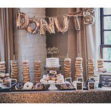 Unique Wedding Ideas: Unique wedding dessert display idea - a donut bar! Doughnut Wedding Cake, Wedding Donuts, Wedding Desserts, Wedding Favors, Wedding Cakes, Wedding Decorations, Wedding Day, Wedding Tips, Gold Wedding