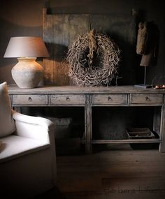 Side Table with drawers Rustic Decor, Farmhouse Decor, Side Table With Drawer, Outdoor Living Rooms, Cozy Place, Cool Ideas, Rustic Elegance, Rustic Interiors, Decoration