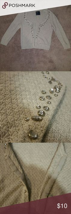 American Eagle grey sweater Gem detail. Hook fasteners. Super cute. American Eagle Outfitters Sweaters