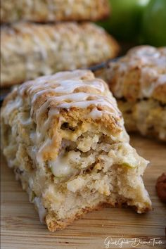 Apple Pecan Scones are delicious and full of apple and pecan bits. A delicious fall recipe. Healthy Apple Desserts, Apple Dessert Recipes, Apple Recipes, Brunch Recipes, Sweet Recipes, Breakfast Recipes, Fall Desserts, Scone Recipes, Breakfast Scones