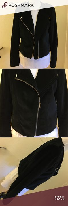 ▪️H&M Velvet Moro Jacket▪️ Like new! No tears or stains.  Beautiful jacket in Size 12 H&M Jackets & Coats