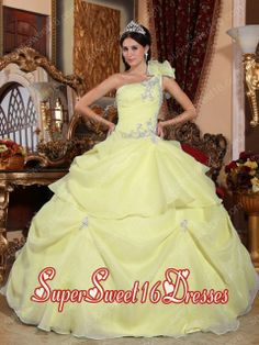 Shop strapless organza baby pink dresses for quinceanera with appliques for cheap online Price at Quinceanera 100 Sweet Sixteen Dresses, Sweet 15 Dresses, Cheap Dresses, Baby Pink Dresses, Quince Dresses, Girls Dresses, Pink Gowns, Pageant Dresses, Long Dresses