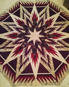 Feathered Snowflake Tree Skirt, Quiltworx.com, Made by Judith Kauffman