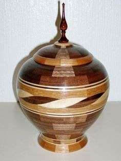 segmented woodturning - #wood #Woodworking #Woodturning #woodfordtooling  #designed by Howard Person