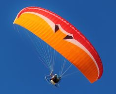 motor-gliders-paraglider-fly-screen