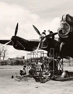 David Livingstone, Lancaster Bomber, Ww2, Air Force, Fighter Jets, Aircraft, Commonwealth, History, Aviation