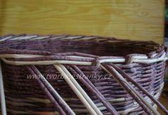 Recycle Newspaper, Newspaper Basket, Paper Weaving, Hand Weaving, Old Paper, Journal, Basket Weaving, Sewing, Knitting