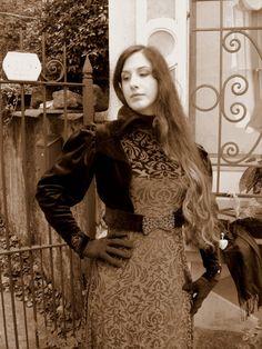 Fantasy velvet dress di LaborARTorIA su Etsy