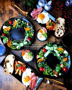 Heath Meals, Christmas Party Food, Christmas Decorations, Food Carving, Birthday Cakes For Men, Food Inspiration, Food And Drink, Yummy Food, Cooking