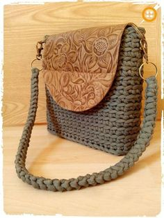 """New Cheap Bags. The location where building and construction meets style, beaded crochet is the act of using beads to decorate crocheted products. """"Crochet"""" is derived fro Bag Crochet, Crochet Handbags, Crochet Purses, Crochet Crafts, Hello Kitty Crochet, Yarn Bag, Leather Embroidery, Handmade Purses, Knitted Bags"""