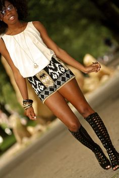 when paired with a patterned skirt and simple tank, gladiator sandals take on an extremely glam vibe!