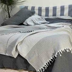 French Linen Bedding Online - Flax Linen Bedding - Yummy Linen provides Linen sheets, quilt covers, eco cotton natural fiber bedding Linen Sheets, Linen Bedding, King Beds, Queen Beds, Large Throws, Beds Online, Cotton Throws, Double Beds, Quilt Cover
