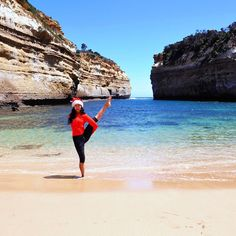 Greetings from the land down under. Day 6 #wanderlustyourcity  Welcome to Loch Ard Gorge!  Behind me is one of the rugged splendours along the Great Ocean Road (famous scenic drive to witness the Southern Ocean on Victoria's dramatic coastline). The beauty of the formation is indecribeable.  Its a popular tourist destination I love that most (not all) people have a queueing mindset taking turns and let each other take photos to look like you have the place to yourself.  Apparently its quite…