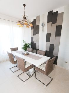 Ne féljetek variálni a színeket és a formákat, a panelek felhelyezése is sok lehetőséget rejt magában! Engedjétek szabadjára a fantáziátokat, mi biztosítjuk hozzá a paneleket! További információkért látogassatok el weboldalunkra! Dining Bench, Neon, Furniture, Home Decor, Neon Tetra, Homemade Home Decor, Table Bench, Home Furnishings, Decoration Home