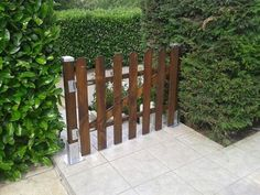 It is beautifully constructed DIY pallets fence, crafted in an outdoor place. The construction of this attractive-looking fence in your outdoor will not only provide your home a different entryway but also reflect the style of your interior. Try this modern wood pallets fencing idea to reshape the ordinary look of your garden into an ideal one.