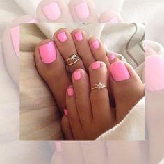 Toenail Polish Beach pedicure colors toe rings 48 ideas Wedding Invitation Wording for an Pink Gel, Pink Toe Nails, Feet Nails, Nail Pink, Bright Toe Nails, Beach Toe Nails, Hot Pink Nails, Chevron Nails, White Nail