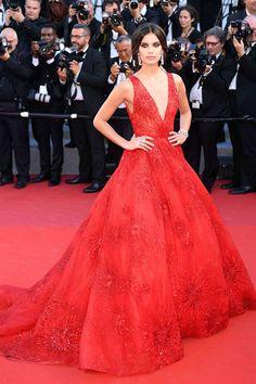 ce401427e263 Cannes 2017  Las mejor vestidas de la alfombra roja - Niceandchic Magazine