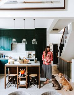 The Notting Hill flat of Farm Girl founders Rose Mann and Anthony Hood Open Plan Apartment, Apartment Living, Notting Hill, Best Interior, Interior Design, Interior Office, Interior Plants, African Furniture, Dreams