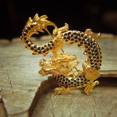 Flying Dragon Brooch 5289 by Craft365com on Etsy