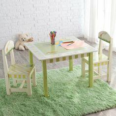 kinderzimmer ideen tisch stühle grüner teppich ziegel