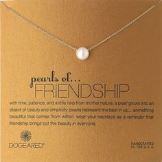 7 best gifts for friends to celebrate Friendship Day. Unique, meaningful, nice. Loved by friends.